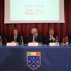 il-tavolo-dei-relatori-al-golf-club-le-fonti