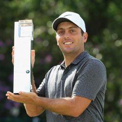 Francesco Molinari con il trofeo BMW PGA GI